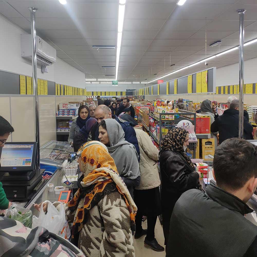 افتتاحیه فروشگاه ویوان در پیچ شمیران